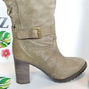 Fabianelli Shoes - Fabianelli taupe distressed lace back heel boot